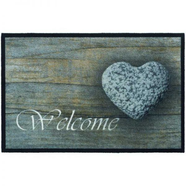 Mondial-004-Welcome-Stone-Heart